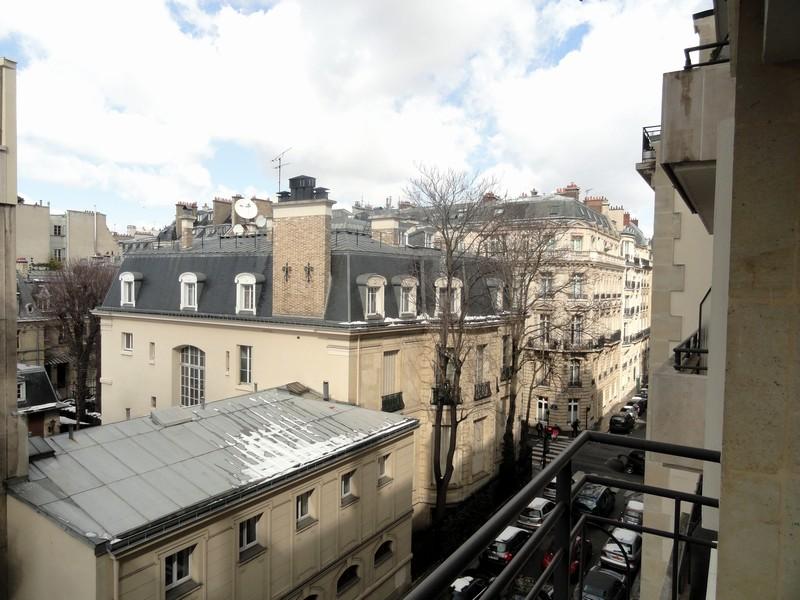 Espaces extérieurs, vue dégagée  - Victor Hugo-Longchamp